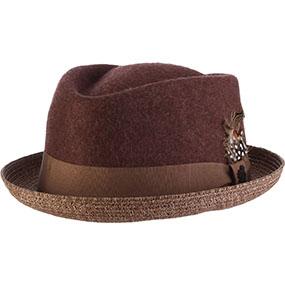 הילסדייל- כובע לבד עם כיפה בתצורת יהלום, תוצרת סטייסי אדמס